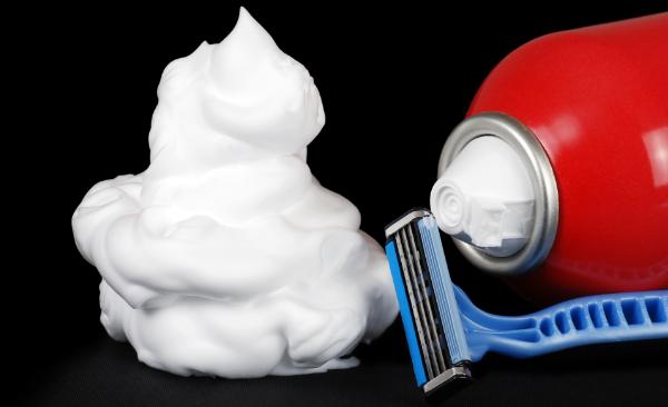 razor shaving cream